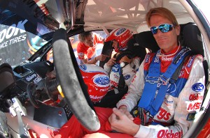 Маркус Гронхольм (Marcus Gronholm) и его штурман Тимо Аланн (Timo Alanne) на горной гонке Пайкс Пик 2009 года, Ford Fiesta