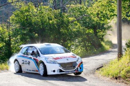 Первые асфальтовые тесты нового Peugeot 208 T16