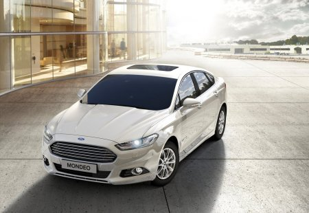 FORD MONDEO HYBRID - гибрид 2016